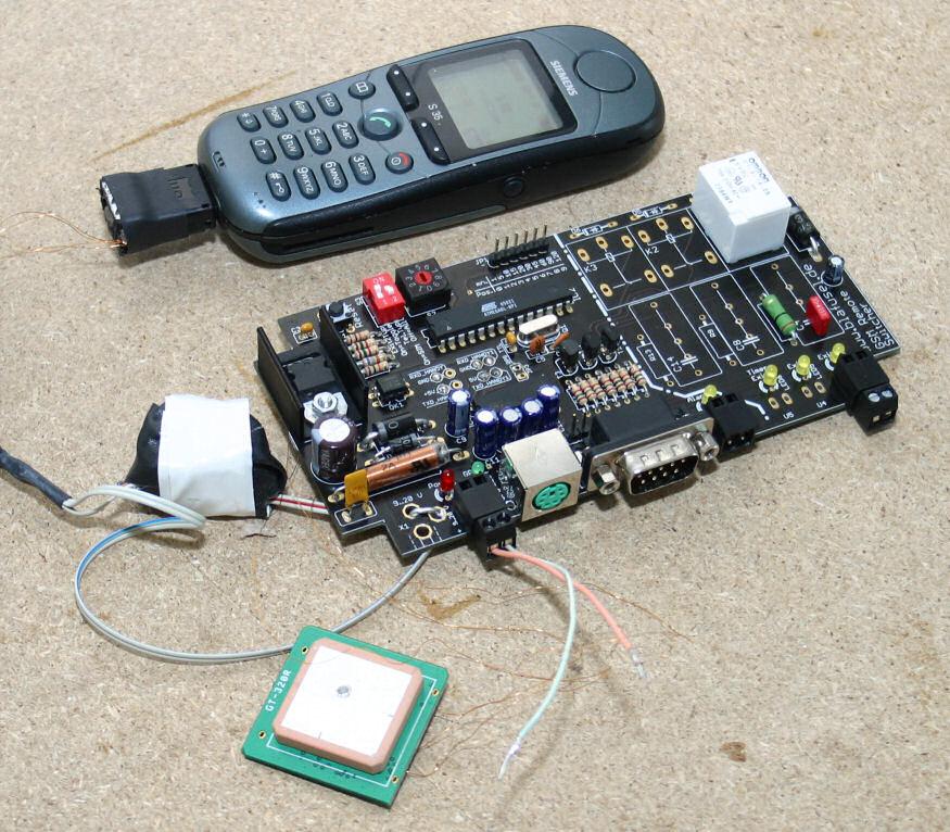 GSM Remote Switcher (GSM RS): Handy Fernsteuerung + GPS Tracker